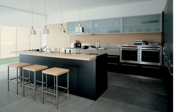 Кухня с островом №3
